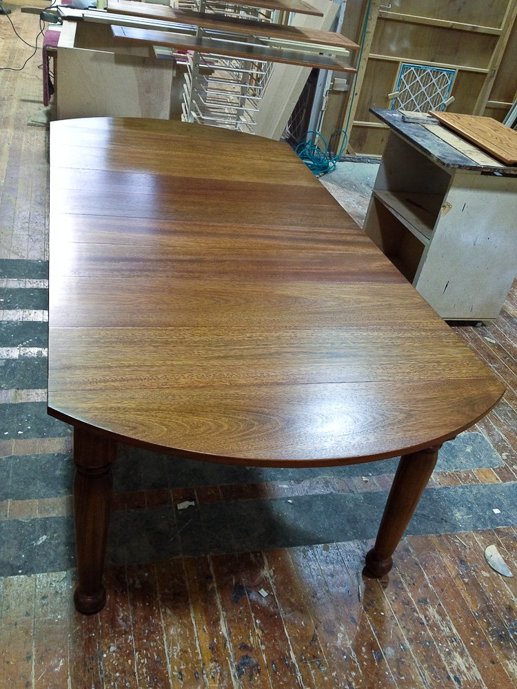 Brazilian cherry dinningtable 01 cedar mountain woodwrights for Furniture ellensburg